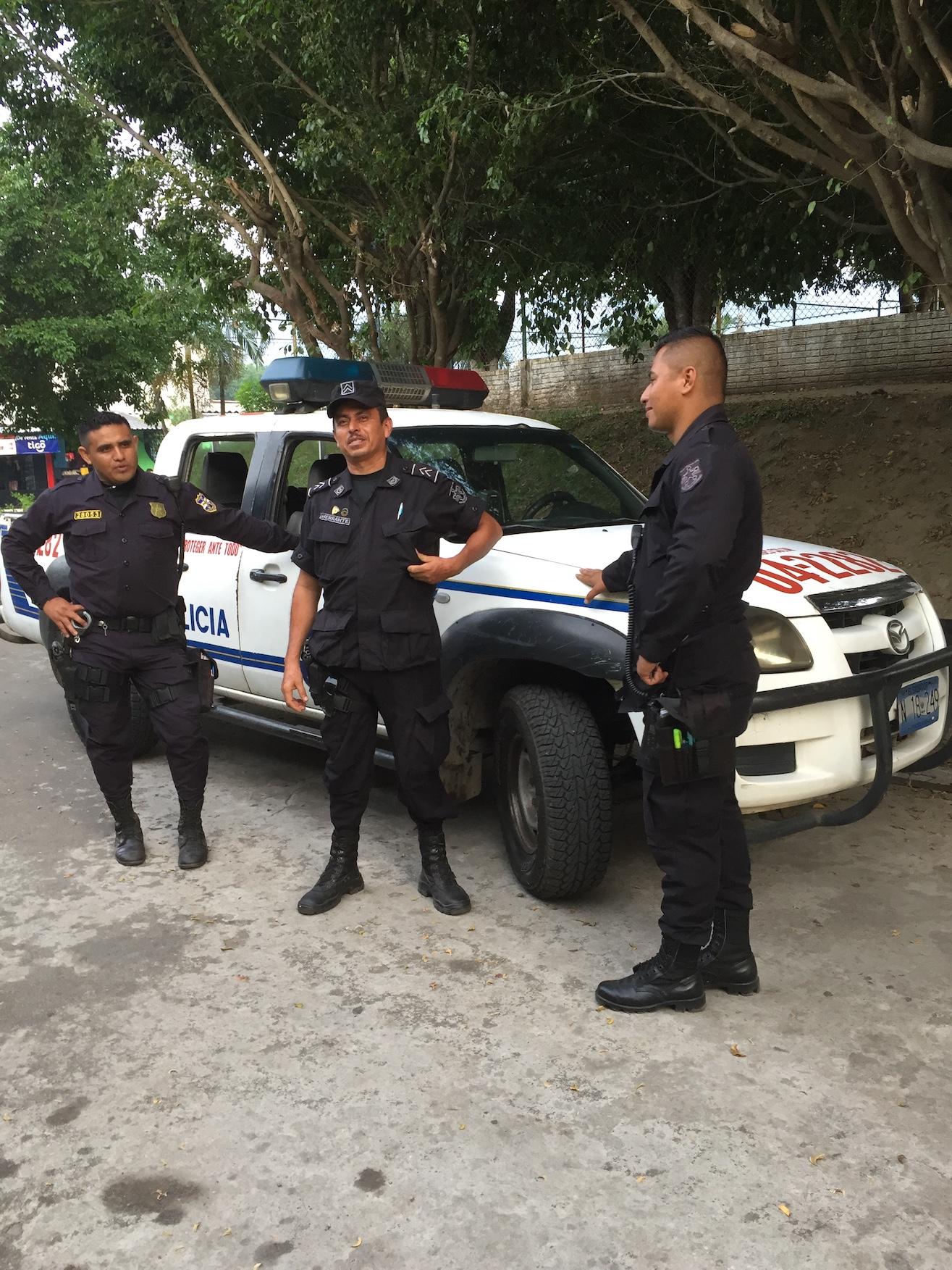 Polis i El Salvador