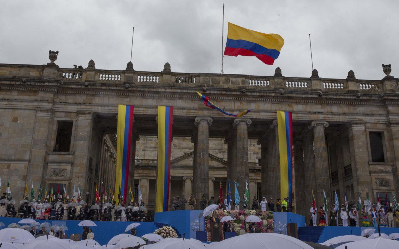 Ivan Duque tillträder som president i Colombia